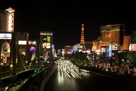 Las Vegas Famous Landmarks Limo Tour