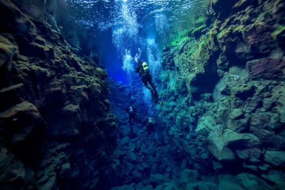 Silfra Diving Trip - Dive Between Two Continents!