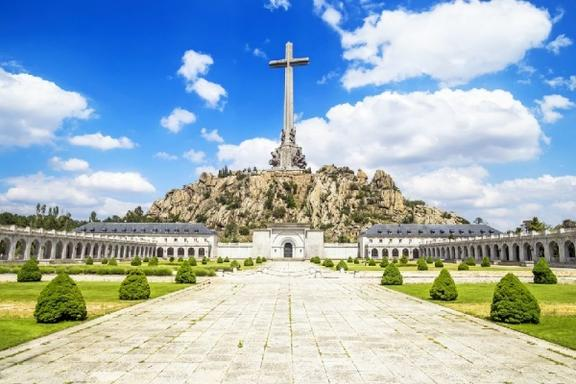 Day Trip to El Escorial and Valley of the Fallen