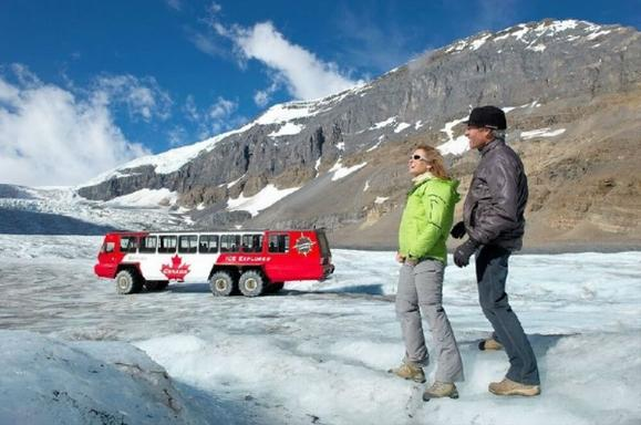 Glacier Explorer Combo Package: Glacier Skywalk & Glacier Adventure