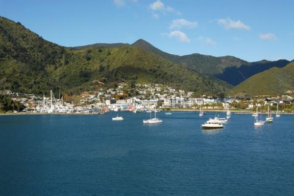 Picton Sundowner Cruise Tour