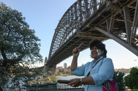 Sydney's Dreamtime Heritage Mini Coach Sightseeing Tour