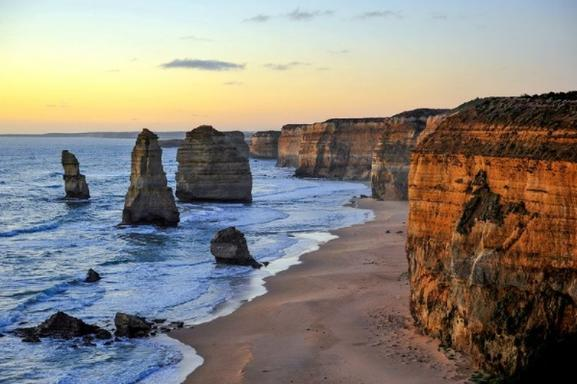 Melbourne Medley: Great Ocean Road + Phillip Island + Melbourne Attraction Pass