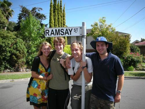 Official Ramsay Street Neighbours Tour w/ Star Meeting