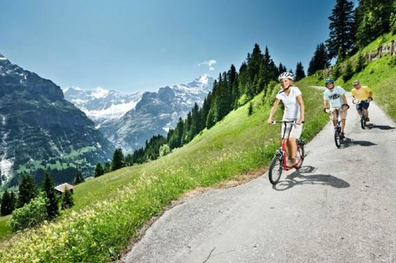 Grindelwald-First Adventure Tour from Lucerne: Cliff Walk - Zip Line - Mountain Cart