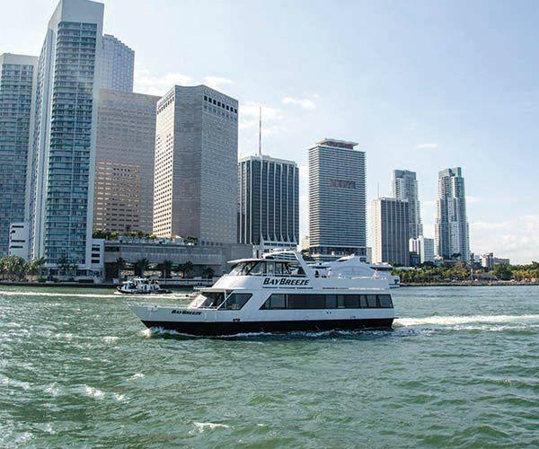 48-Hour Hop-on, Hop-off City Tour with Biscayne Boat Tour