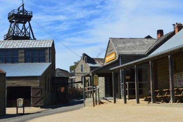 Sovereign Hill & Daylesford Day Trip From Melbourne