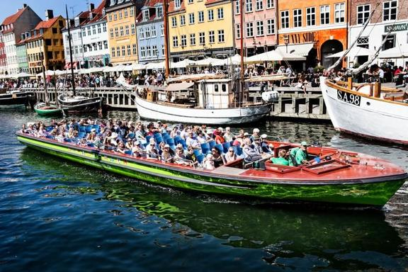 72-Hour Copenhagen Hop-On Hop-Off Sightseeing Tour: Bus, Boat + Old City Train