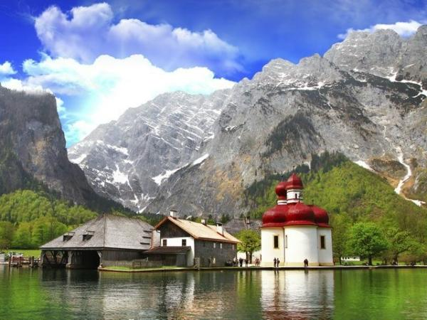 Bavarian Alps Day Trip from Salzburg w/ Berchtesgaden and King's Lake