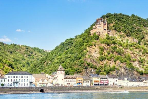 7-Day Tour of Europe from London: Paris - Swiss Alps - Rhine Valley - Holland