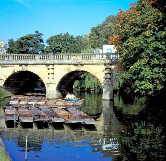 Oxford River Sightseeing Cruise