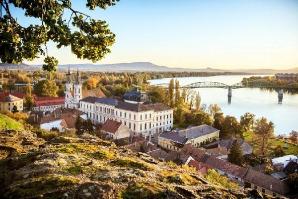 8.5-Hour Danube Bend Day Trip: Esztergom - Visegrad - Szentendre