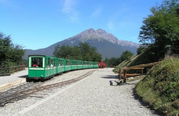 Half-Day Tierra del Fuego National Park Tour W/ End Of The World Train