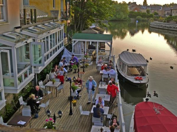 Oxford River Cruise W/ Dinner