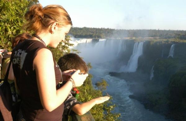 Half-Day Iguazu  Falls Tour From Puerto Iguazu: Brazil Side