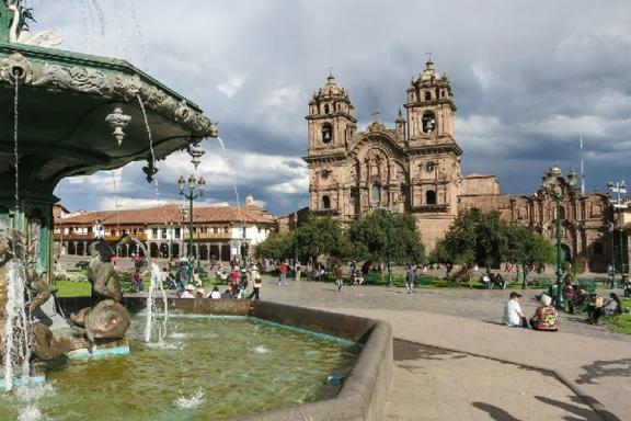 7-Day Peruvian Andes Adventure Tour Package: Machu Picchu & Lake Titicaca