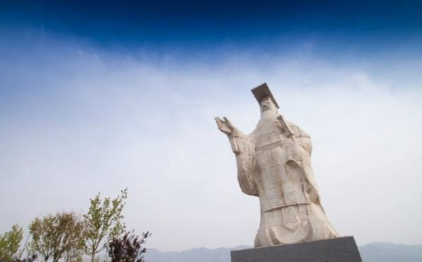 Xi'an Highlights Sightseeing Tour**W/ Banpo Museum, Terracotta Warriors Museum & Qin Shi Huang Mausoleum**<br>** Small Group Tour**