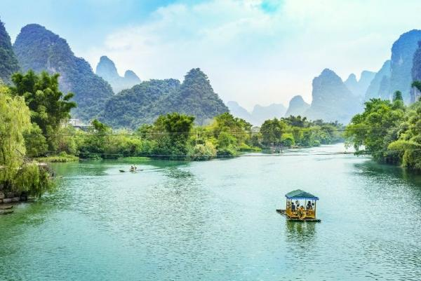 Li River Cruise to Yangshuo From Guilin**Small Group Tour**