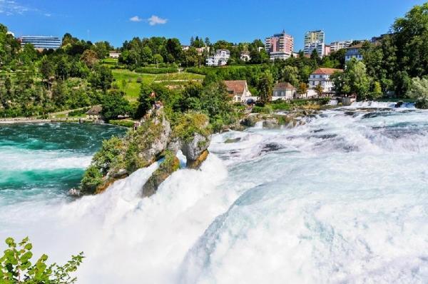 16-Day Europe Tour Package: UK   France   Germany   Austria   Switzerland