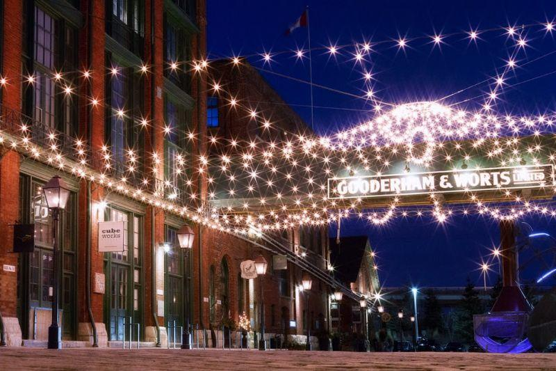 Corktown, Canary and Distillery Historic District Food Tour