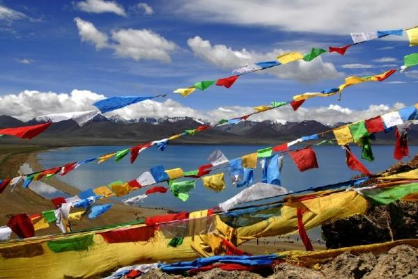 10-Day Tibet Tour Package: Lhasa - Gyantse - Shigatse - Everest Base Camp - Namtso Lake**Stay in Comfort Hotel**<br>** Small Group Tour**