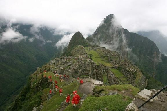 10-Day Best of Andes Tour: Colca Canyon - Lake Titicaca - Machu Picchu