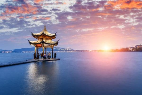 8-Day China Tour: Beijing - Suzhou - Hangzhou - Shanghai