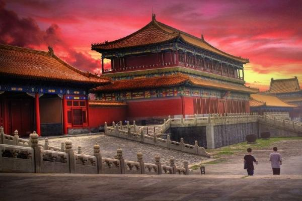 8-Day Small Group China Tour: Beijing to Shanghai