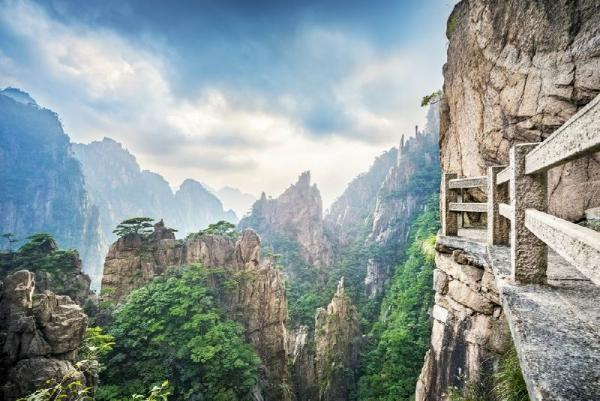 10-Day China Ancient Cities & Huangshan Mountains Tour