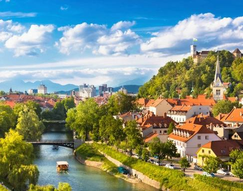 14-Day Eastern Europe Tour from Munich: Germany - Slovenia - Croatia - Hungary - Slovakia