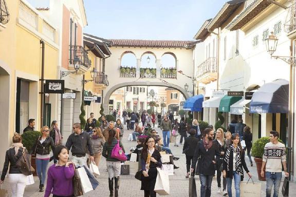 Serravalle Designer Outlet Shopping Tour from Milan