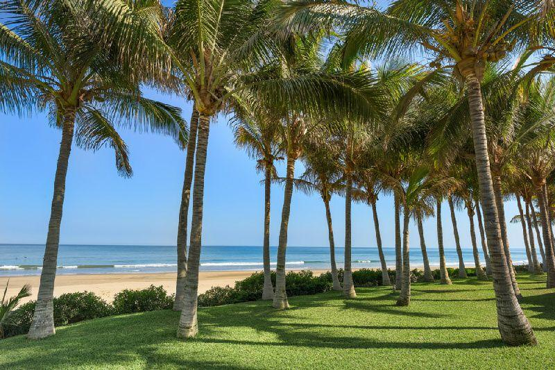 5-Day Northern Piura Beaches Vacation Package From Lima