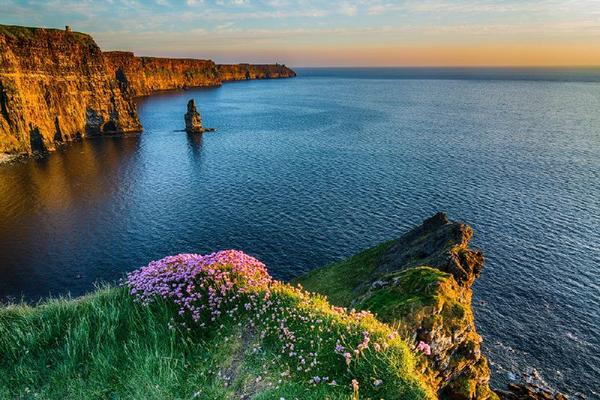 Aran Islands and Cliffs of Moher Day Tour from Galway**w/ Doolin Ferry**