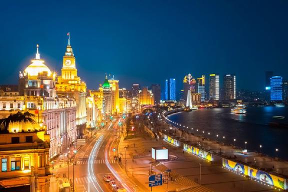 Best of Shanghai Day Tour: Yu Garden, The Bund, Old Wax Figure Museum and Old French Concession