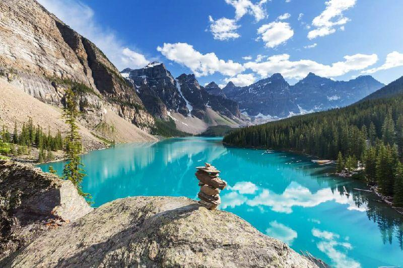 5-Day Canadian Rocky & Victoria Summer Tour Package From Calgary