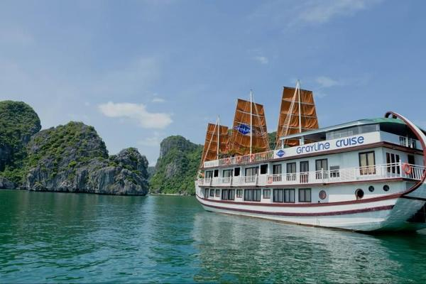 3-Day Exotic Halong Bay Cruise W/ Cooking Class & Morning Tai-chi
