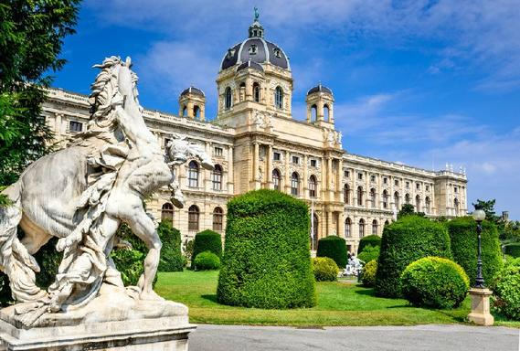 11-Day Rome to Prague Tour Package: Italy - Austria - Hungary - Czech Republic