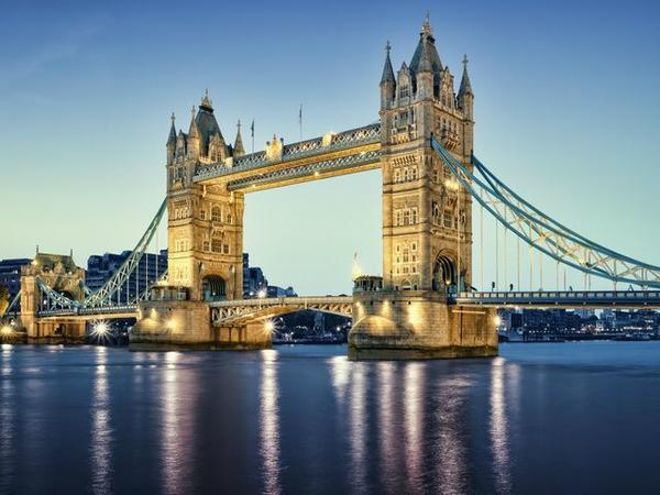 12-Day Rome to London Tour Package: Italy - Switzerland - France - England