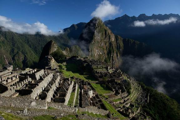 8-Day Peru Tour Package From Lima: Paracas - Nazca - Cusco - Machu Picchu