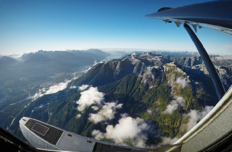 Alpine Lakes & Glaciers Airplane Tour