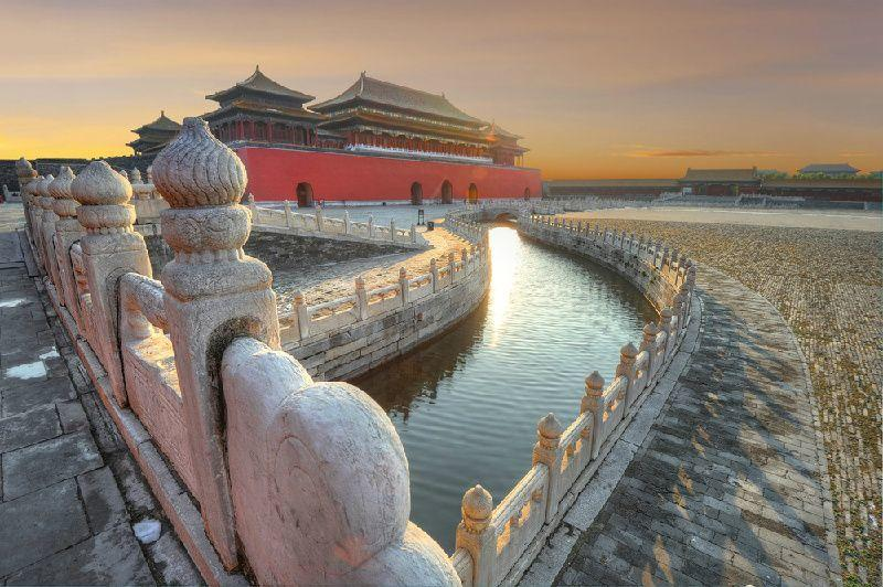 Beijing Day Tour: Tiananmen Square, Forbidden City and Juyong Pass