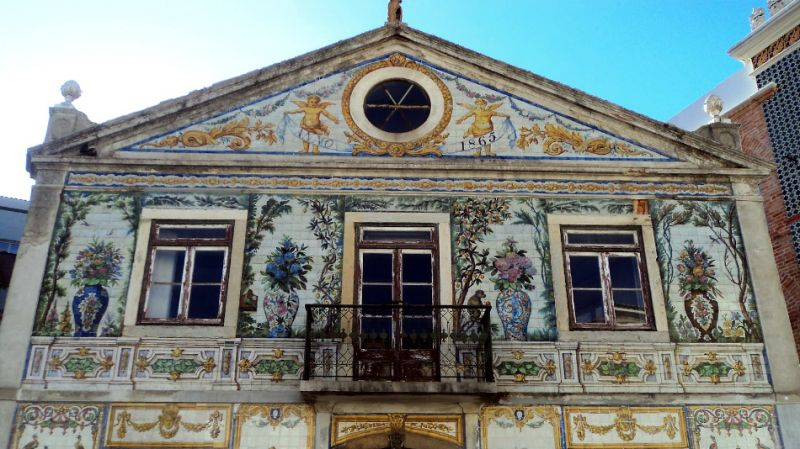 Azulejos Workshop: Day Trip from Lisbon from Tours4Fun Product Image