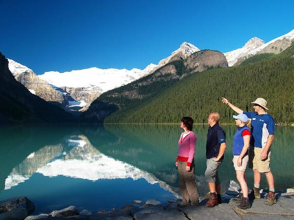 Lake Louise & Moraine Lake Summer Tour