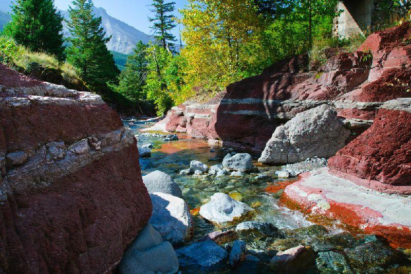 7-Day Thrilling Canadian Rockies Tour From Calgary: Canyons, Lakes, & National Parks