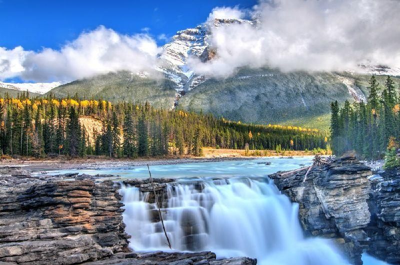 6-Day Thrilling Canadian Rockies Tour From Calgary: Canyons, Lakes, & National Parks