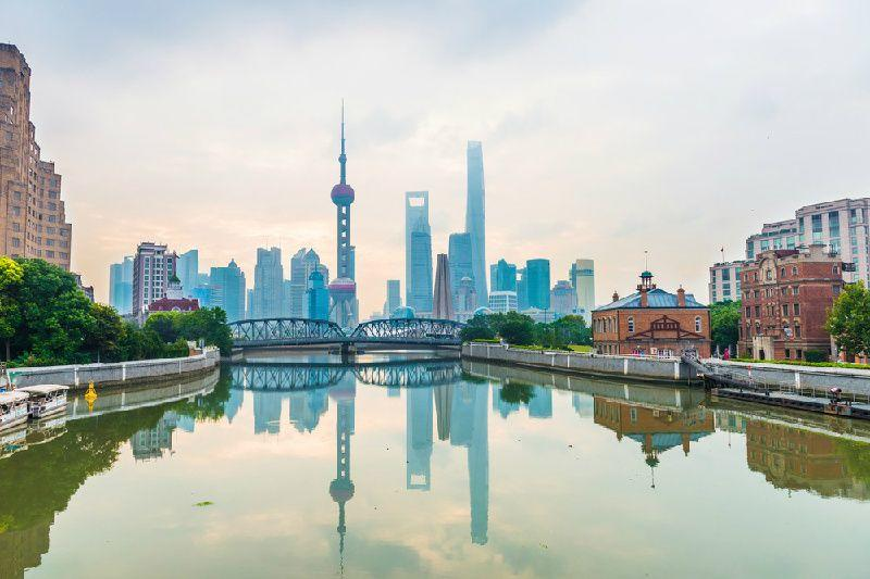 Private Tour of Shanghai Highlights: Shanghai  Museum, Yu Garden, The Bund and Huangpu River Cruise