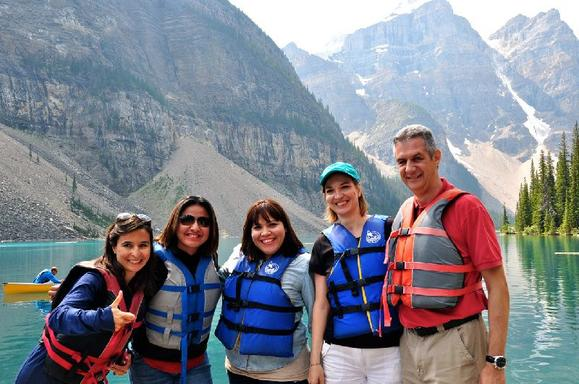 4-Day Ultimate Canadian Rockies Summer Tour From Vancouver