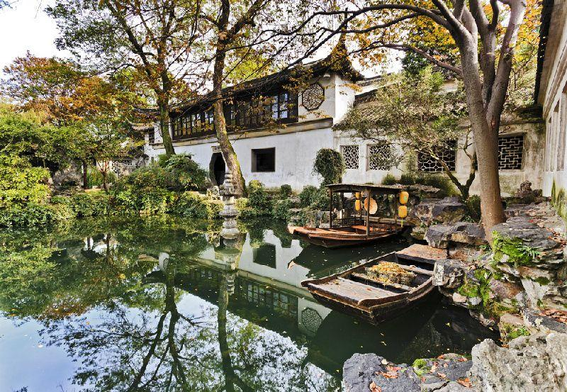 Private Tour of Suzhou Lingering Garden and Zhouzhuang Water Town