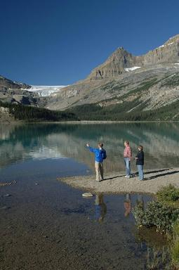 Columbia Icefields Parkway Tour