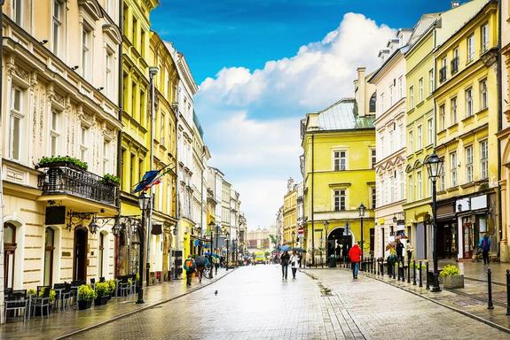 Discover Krakow Small Group Walking Tour